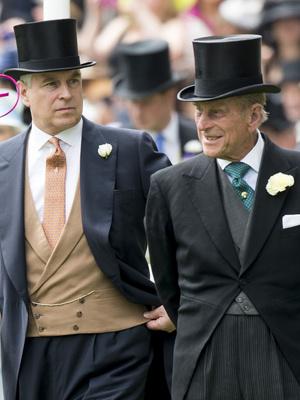 Фото №3 - Чужой среди своих: почему принца Эндрю не будет на юбилее принца Филиппа