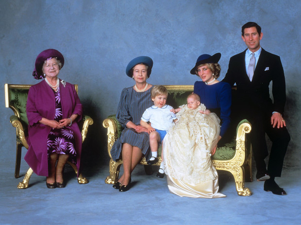 Фото №2 - 15 трогательных фото, доказывающих, что Уильям и Гарри были действительно близки