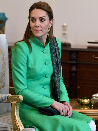 Фото №3 - Особый прием: что помогает Кейт успокоиться во время официальных выходов