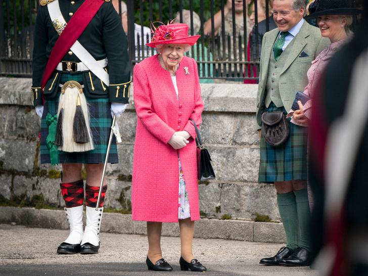 Фото №2 - Особая привилегия, которую Кейт получила от Королевы еще до свадьбы