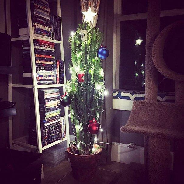Фото №14 - Как защитить новогоднюю елку от кота: 7 самых хитрых способов с фотоинструкцией