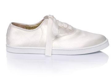 ae2c65bf5 Французские дизайнеры выпустили свадебные кроссовки — www.wday.ru