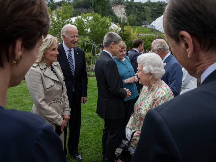 Фото №3 - «Не удивлена»: Мишель Обама прокомментировала заявление герцогини Меган о расизме