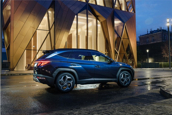 Фото №2 - «Прошу разрешения на посадку»: новый Hyundai Tucson— это немного больше, чем просто кроссовер
