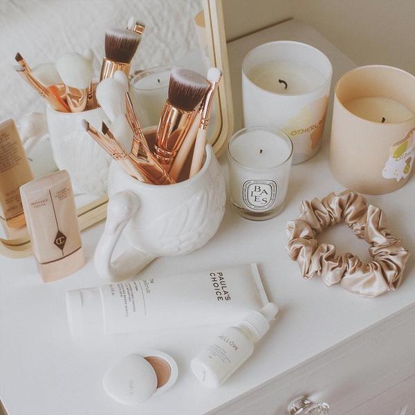 Фото №3 - Как правильно очищать, сушить и хранить кисти и спонжи для макияжа