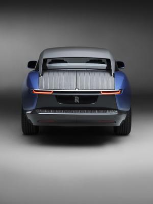 Фото №4 - Rolls-Royce запускает подразделение Coachbuild для производства автомобилей с уникальным кузовом