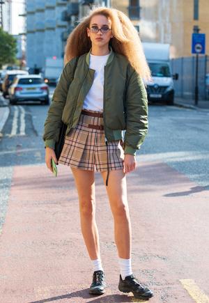Фото №14 - С чем носить мини-юбки: 8 стильных сочетаний на любой случай