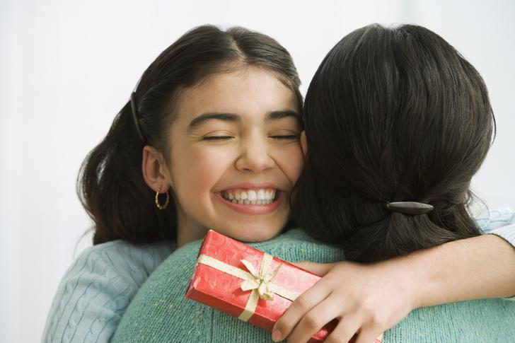 что подарить девочке на день рождения на 13 лет