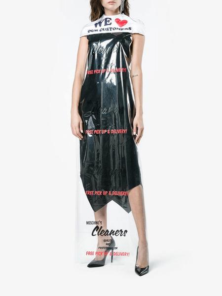 Фото №3 - Платье Moschino в виде упаковки из химчистки продают за 45 000 рублей