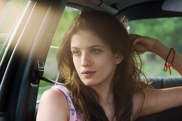 Фото №2 - Фильм «Без границ»: 4 истории любви по правилам и без