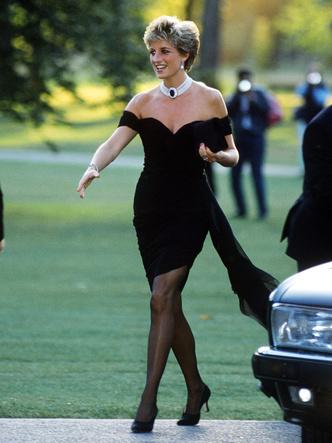 Фото №13 - Как принцесса Диана одевалась бы в наши дни (и осталась бы она иконой стиля?)