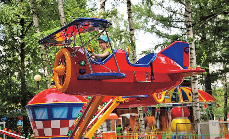 Фото №2 - Досуг с ребенком: 6 главных парков с аттракционами в Москве