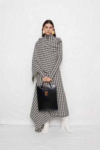 Фото №6 - Самые модные сумки осени и зимы 2021/22