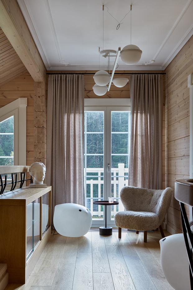 Фото №13 - Современный интерьер в деревянном доме в Подмосковье