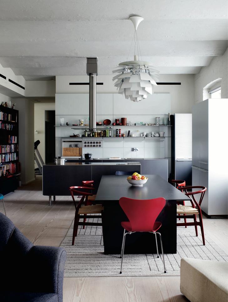 Фото №9 - Самые красивые комнаты за 20 лет: кухни-столовые
