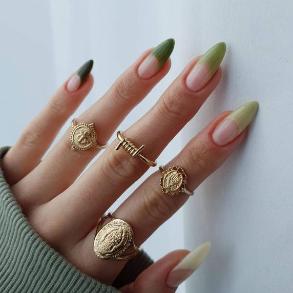 Фото №1 - Маникюр с эффектом омбре: как модно носить градиент на ногтях 💅