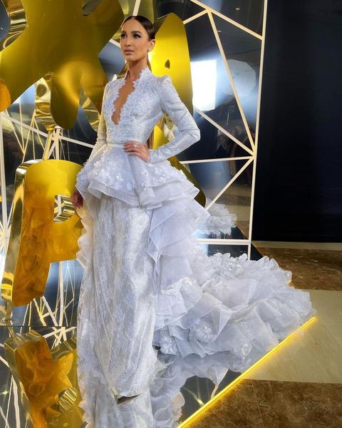 Фото №1 - Аня Покров, Юля Гаврилина и Оля Бузова: лучшие наряды с премии «Жара 2021»