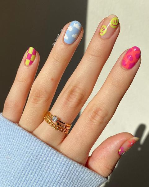 Фото №6 - Летний маникюр 2021: самые трендовые идеи для ногтей любой длины