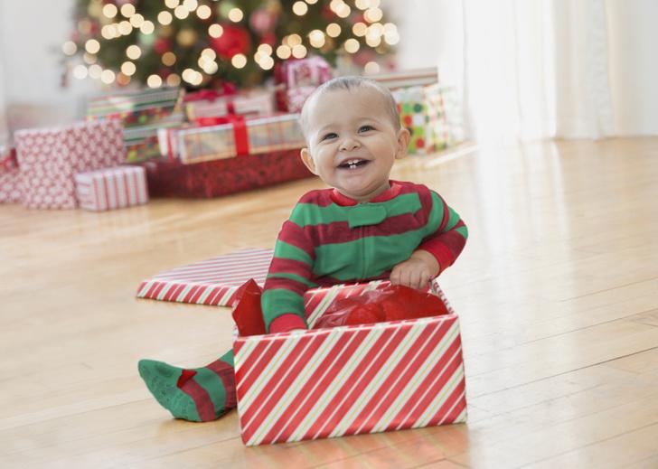 Фото №1 - Стрельцу— коньки, Близнецам— робота: что подарить ребенку на Новый год