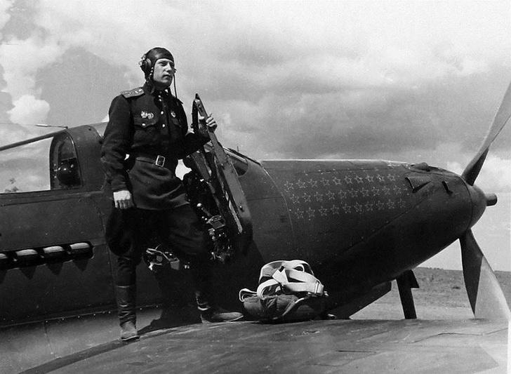 Фото №7 - «Есть три правила безопасной посадки. К сожалению, их никто не знает»— эти и другие воодушевляющие фразы военных летчиков