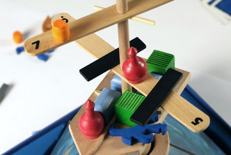 Фото №33 - Настольные игры для мальчишек: чем увлечь непоседу дома