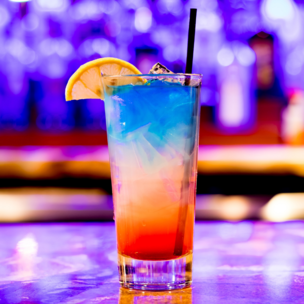 Фото №7 - Гадание на коктейлях: какого парня ты встретишь этим летом? 🍹