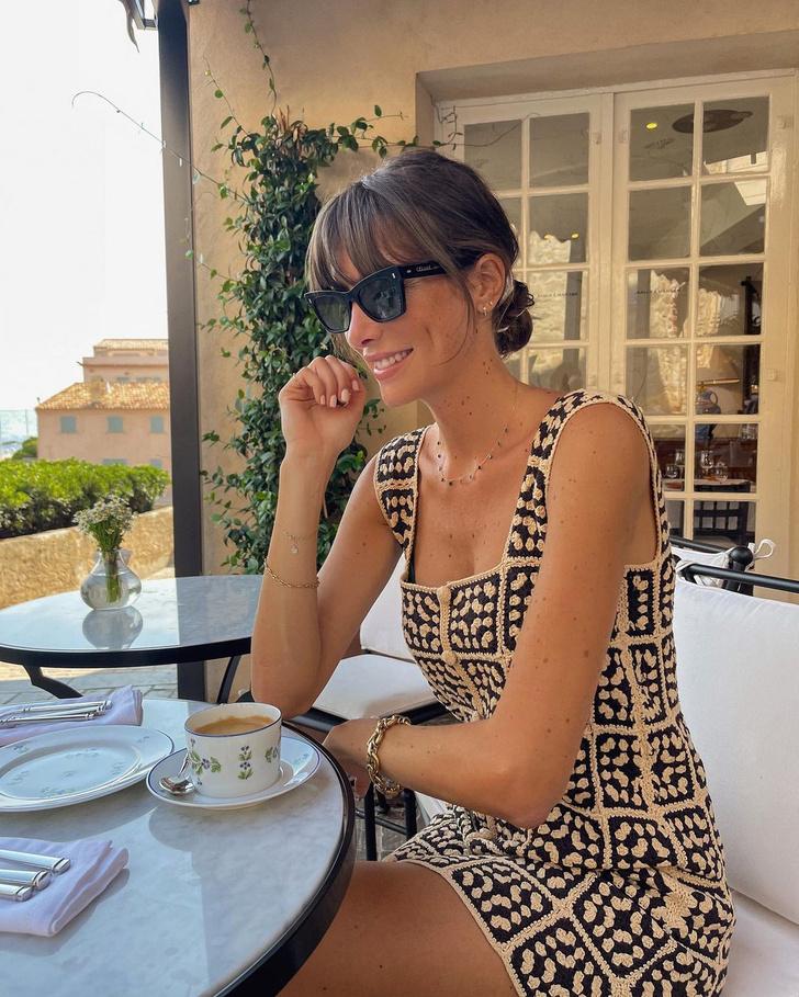 Фото №1 - Маленькое платье кроше— лучшая покупка лета: доказывает француженка Жюли Феррери