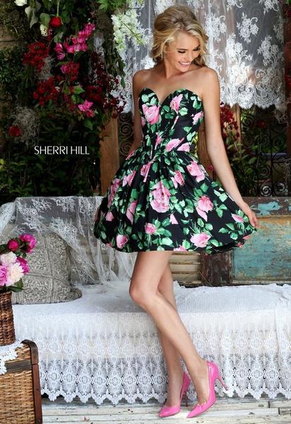 Фото №4 - Платье на выпускной 2021: главные АНТИтренды ❌