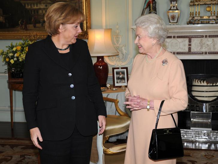 Фото №3 - Что такое придворный циркуляр, и почему Королева должна утверждать его каждый день