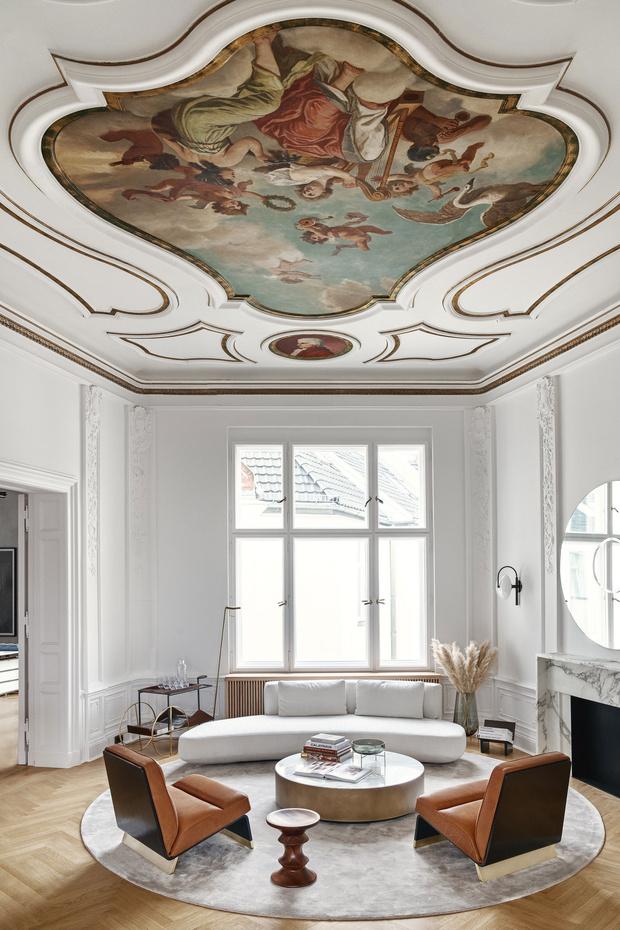 Фото №6 - Модный офис в Берлине с фресками на потолке