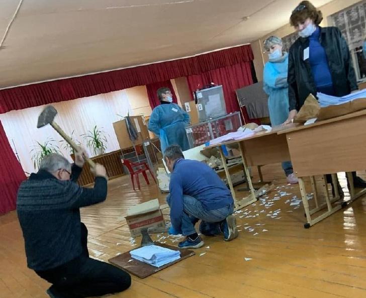 Фото №1 - Самое странное и дикое, что творилось на этих выборах по всей России (фото и видео)