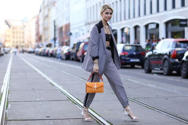 Фото №1 - Фитнес на шпильках, или 5 причин начать носить каблуки