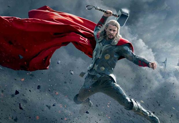 Фото №3 - «Мстители» vs «Атака титанов»: кому из команды Marvel по силам одолеть гигантов из аниме?