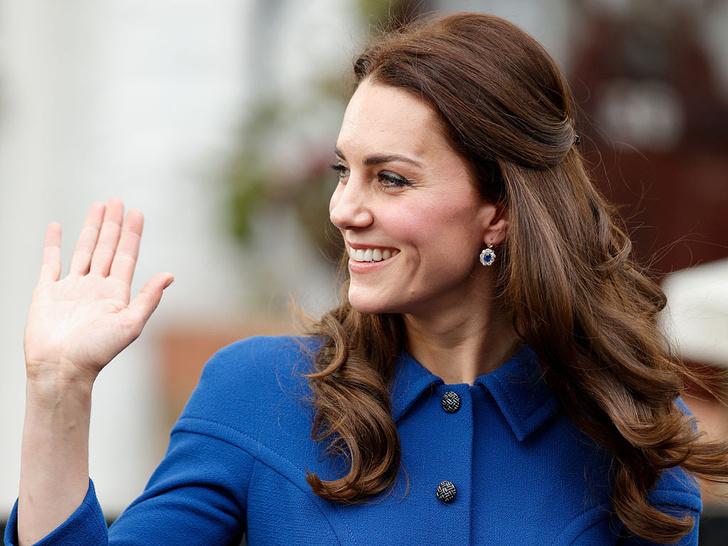Фото №11 - Всегда безупречна: 10 лучших причесок герцогини Кейт на любой случай