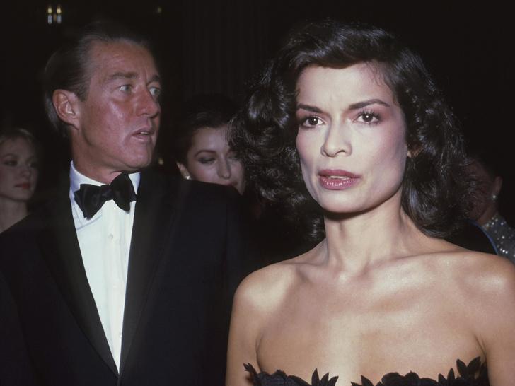 Фото №6 - Легендарный Рой Холстон: как самый звездный дизайнер 70-х создал и потерял свою модную империю