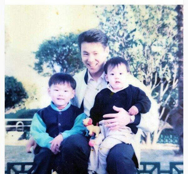 Фото №1 - 4 доказательства, что Чонгук из BTS— точная копия своего отца