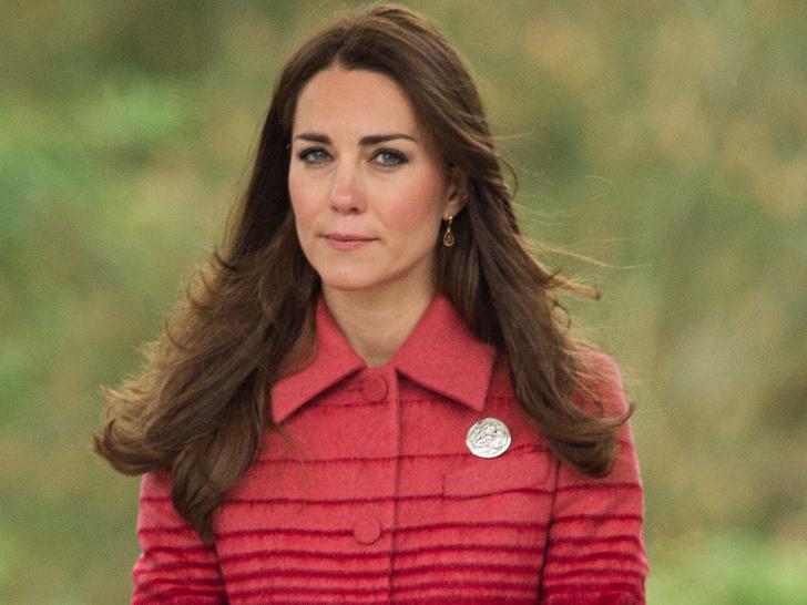 Фото №3 - История одного скандала: как «голые» фото Кейт попали в сеть (и какой была реакция дворца)