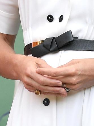 Фото №5 - Подарок не от мужа: самое роскошное украшение Кейт, не связанное с БКС