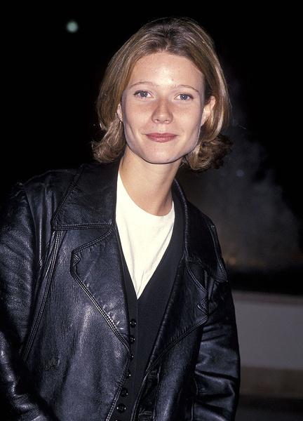 Фото №2 - Гвинет Пэлтроу— 49: бьюти-эволюция одной из самых красивых актрис современности