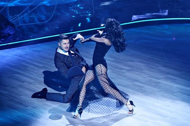 Фото №3 - Травмы и драмы: Дава выступает через боль, Лазарев выбивается в топ во втором выпуске «Танцев со звездами»