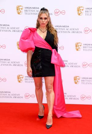 Фото №11 - Пол Мескал, Никола Кохлан, Хелена Бонэм Картер и другие гости церемонии BAFTA-2021