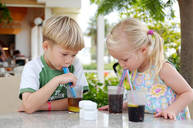Фото №1 - Дети и газировка