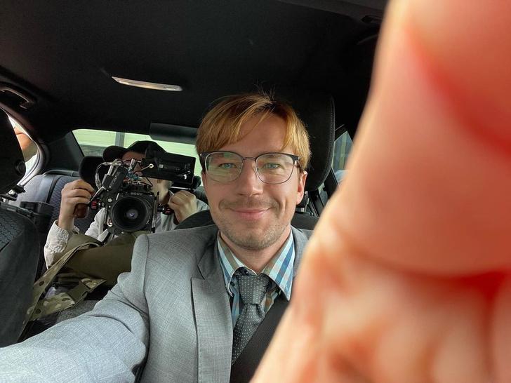 Фото №1 - Александр Петров сыграет главную роль в новом сериале Netflix 😍