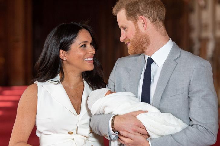 Таролог предсказала будущее дочери Меган Маркл и принца Гарри