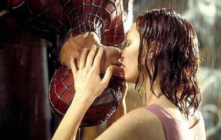 Фото №1 - 13 удивительных, будоражащих, возбуждающих фактов о поцелуях