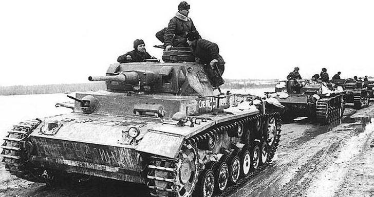 Фото №3 - Что немцу хорошо, то и Красной армии подойдет— танки вермахта с красными звездами