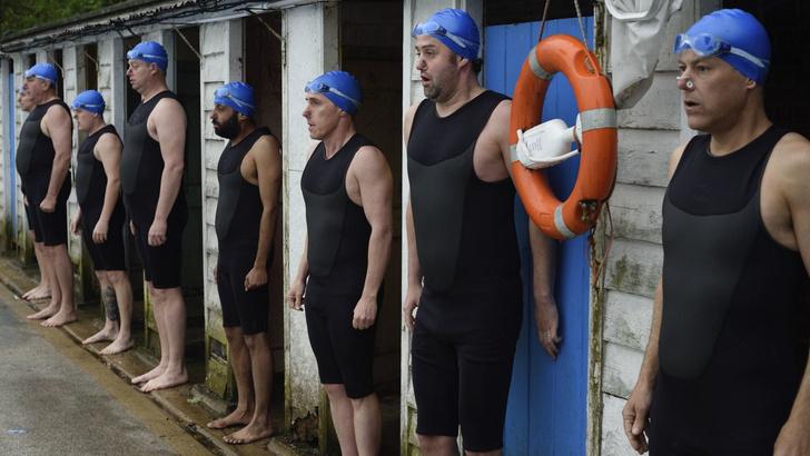 Фото №11 - Какие плавки надевать на пляж, а какие— в бассейн