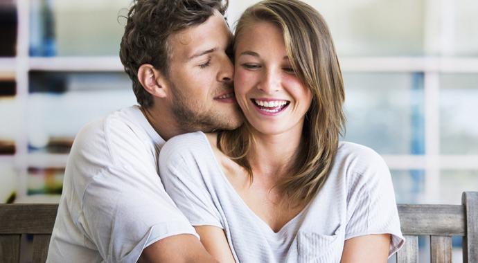 Хороший парень против мачо: каких мужчин выбирают женщины?