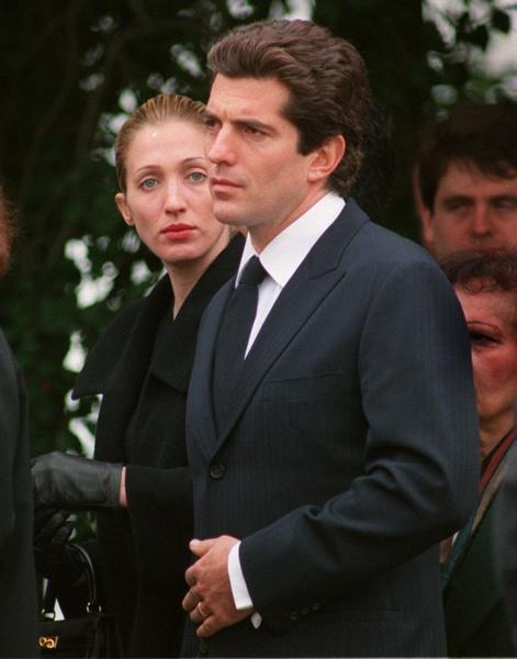 Каролин Биссет и Джон Кеннеди-младший