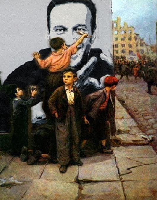 Фото №6 - Лучшие шутки про граффити с Навальным, которое закрасили